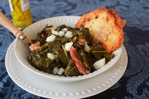 Southern-Style Collards Green with Ham Hocks