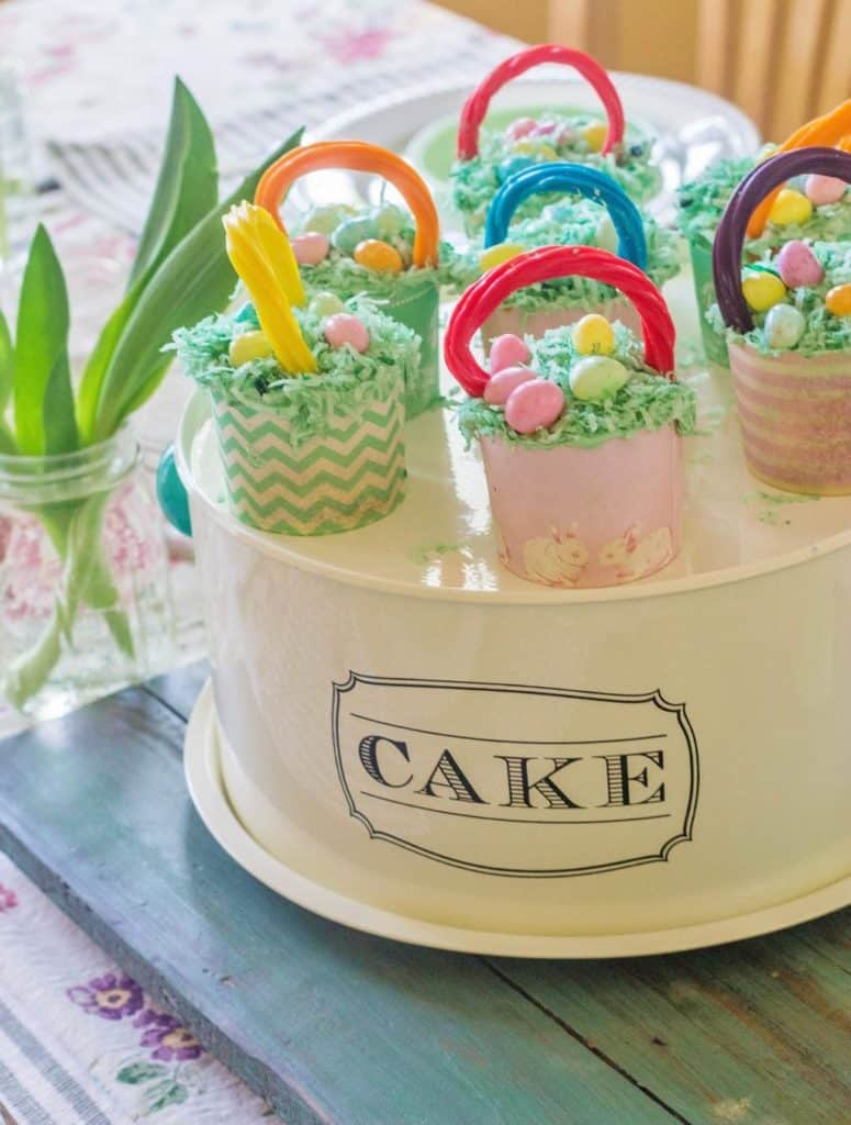 Easter Basket Buttermilk Cupcakes. Buttermilk cupcakes dressed up like Easter baskets