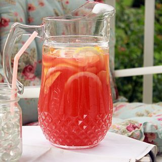 Three Cheers for Simple!(Recipe: Rosemary Peach Lemonade)