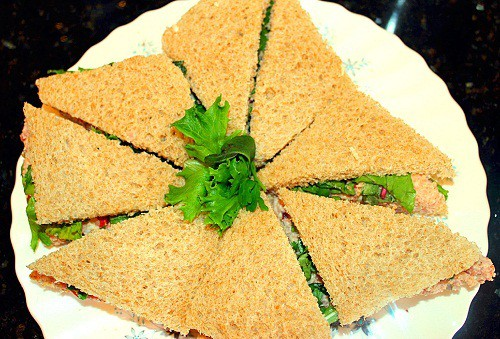 Ham Salad Sandwich with Mixed Greens