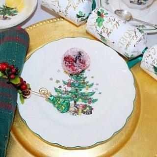 """Won't You Come for a Cup of Christmas Tea?""  (Menu: Christmas Tea Party)"