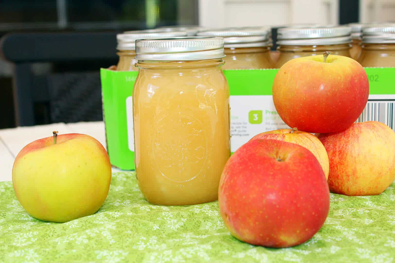 Kindness, Goodness and Fresh Apples (Recipe: Homemade Applesauce)