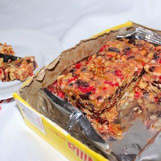 A Gift of Friendship (Recipe: Vanilla Wafer Icebox Fruitcake)