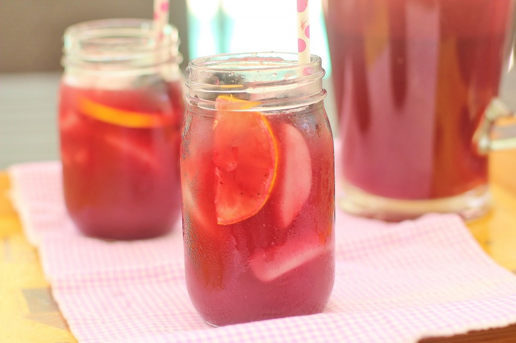 Triple Berry Sweet Ice Tea. A sweetened puree of berries is added to Southern Sweet Tea to make a refreshing summer sipper. #berry #southern #sweet #ice #tea #beverage