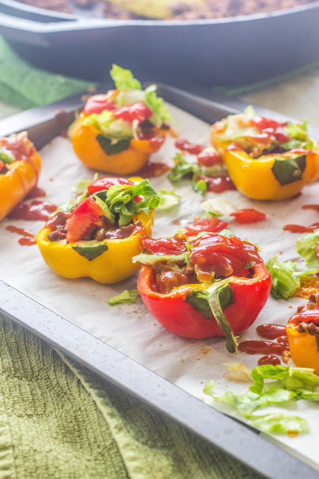 Low-Carb Taco Stuffed Sweet Bell Peppers