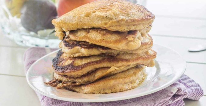 One Bowl Buttermilk Banana Cinnamon Pancakes