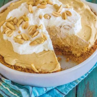 No Bake Peanut Butter and Crackers Pie
